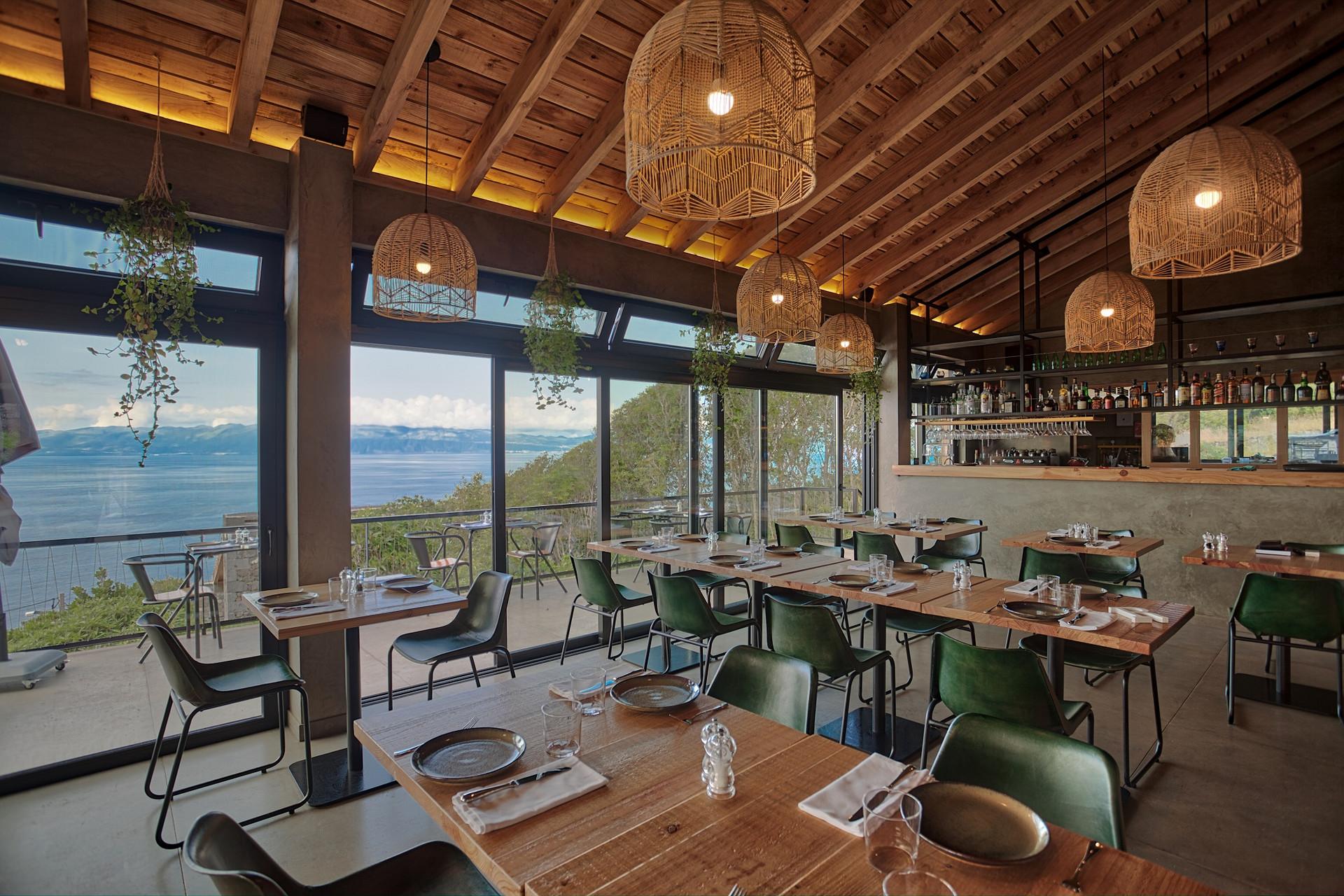 """Restaurante Magma: uma """"erupção"""" gastronómica na ilha do Picouma-erupcao-gastronomica-na-ilha-do-Pico"""
